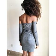 Vestido ombro a ombro  manga comprida